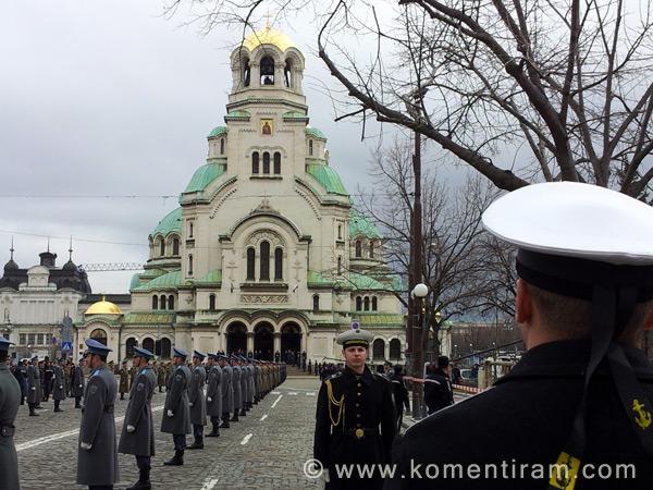 """Храм """"Св.Александър Невски"""", в очакване на новия български патриарх, 24 февруари 2013"""